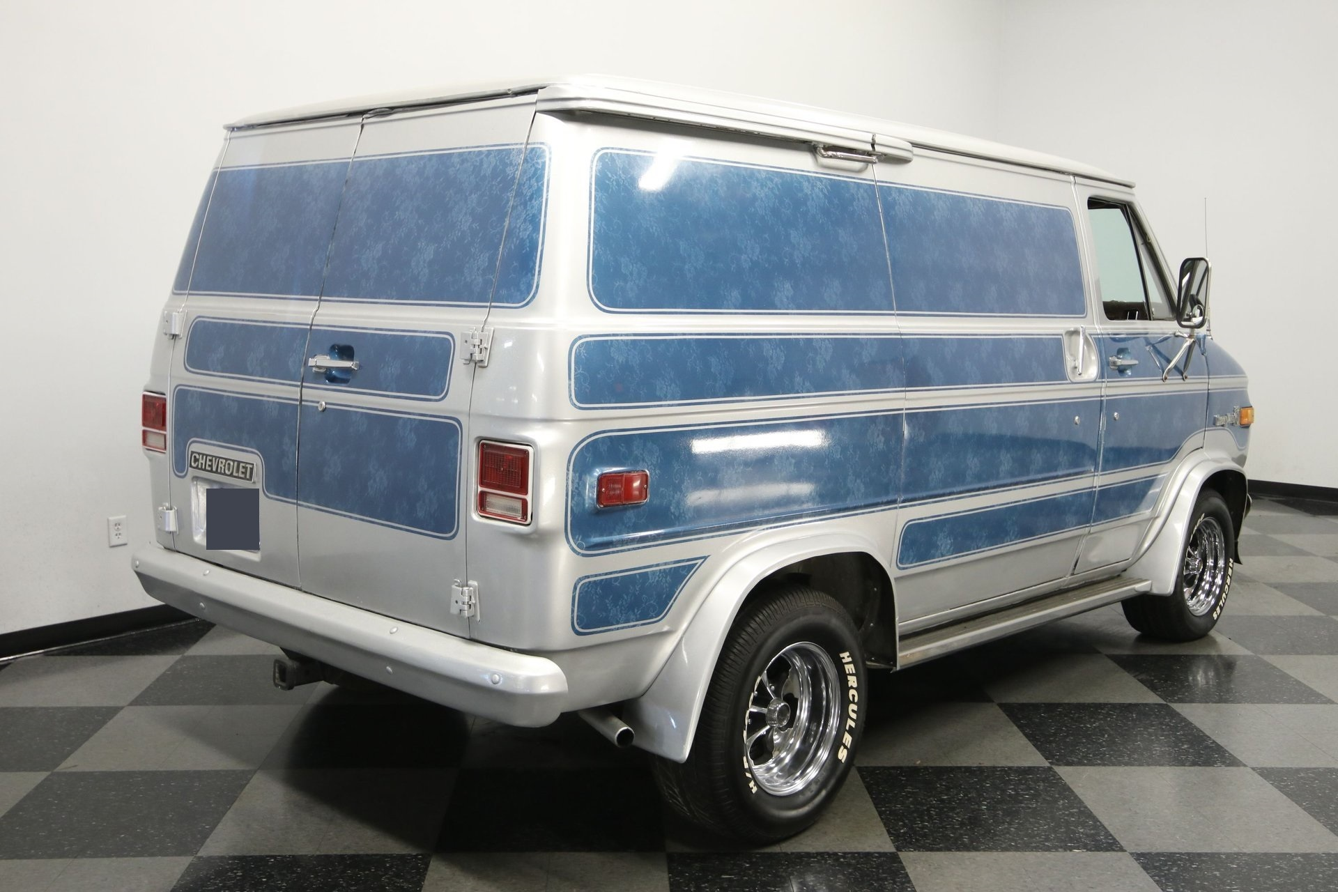 1977-chevrolet-g20-shorty-van-qddj3-z
