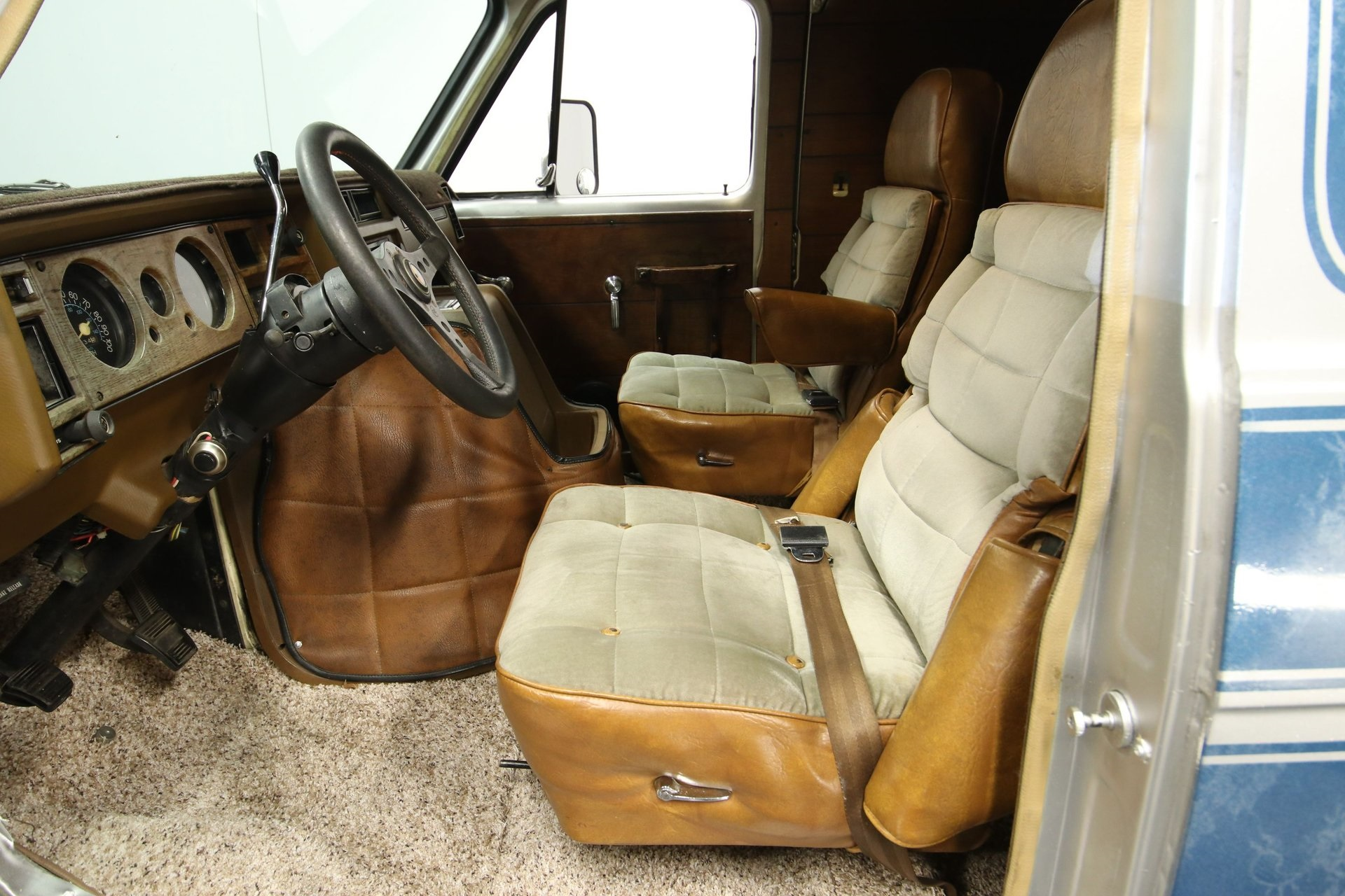 1977-chevrolet-g20-shorty-van-qddj4-z