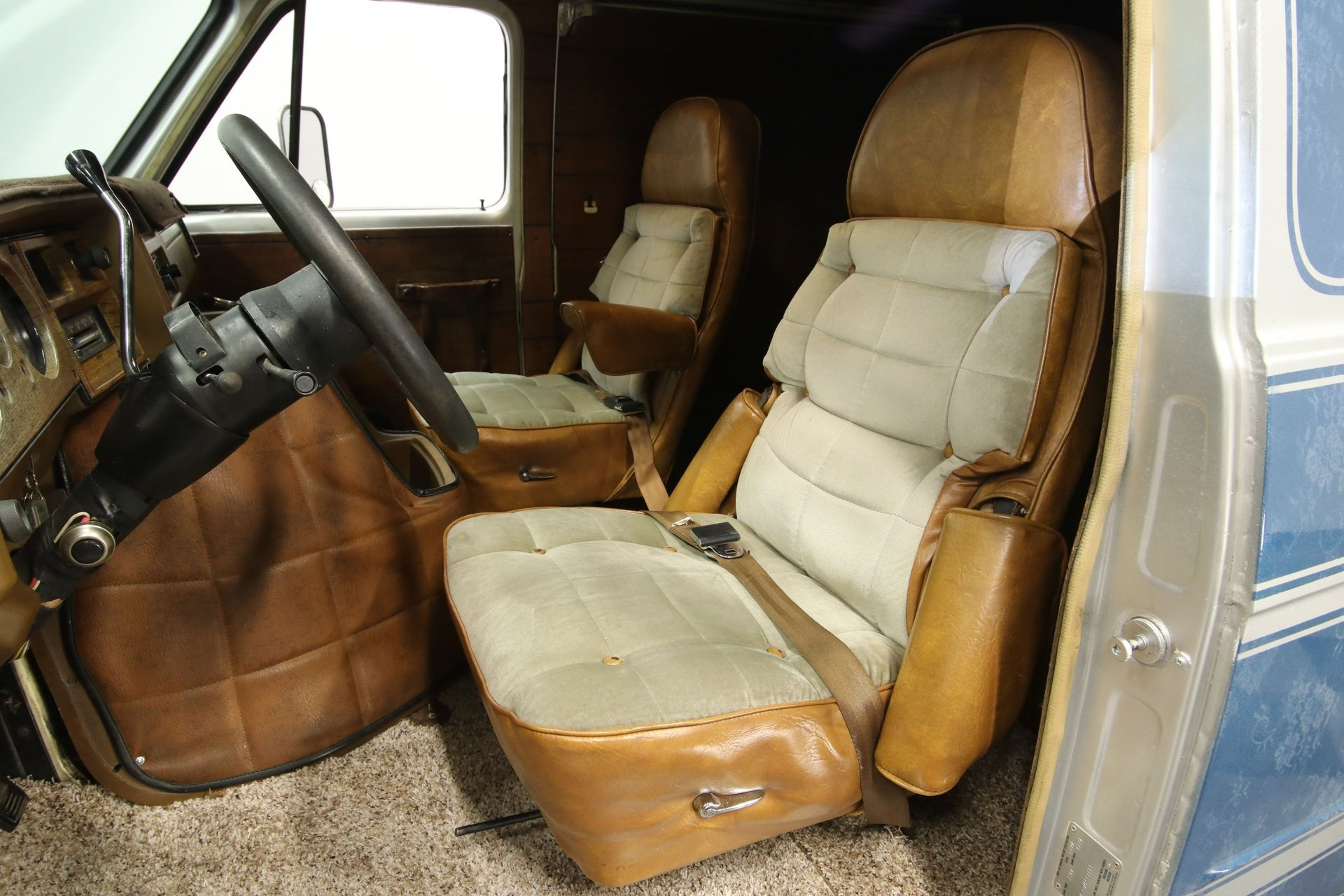 1977-chevrolet-g20-shorty-van-rddj14