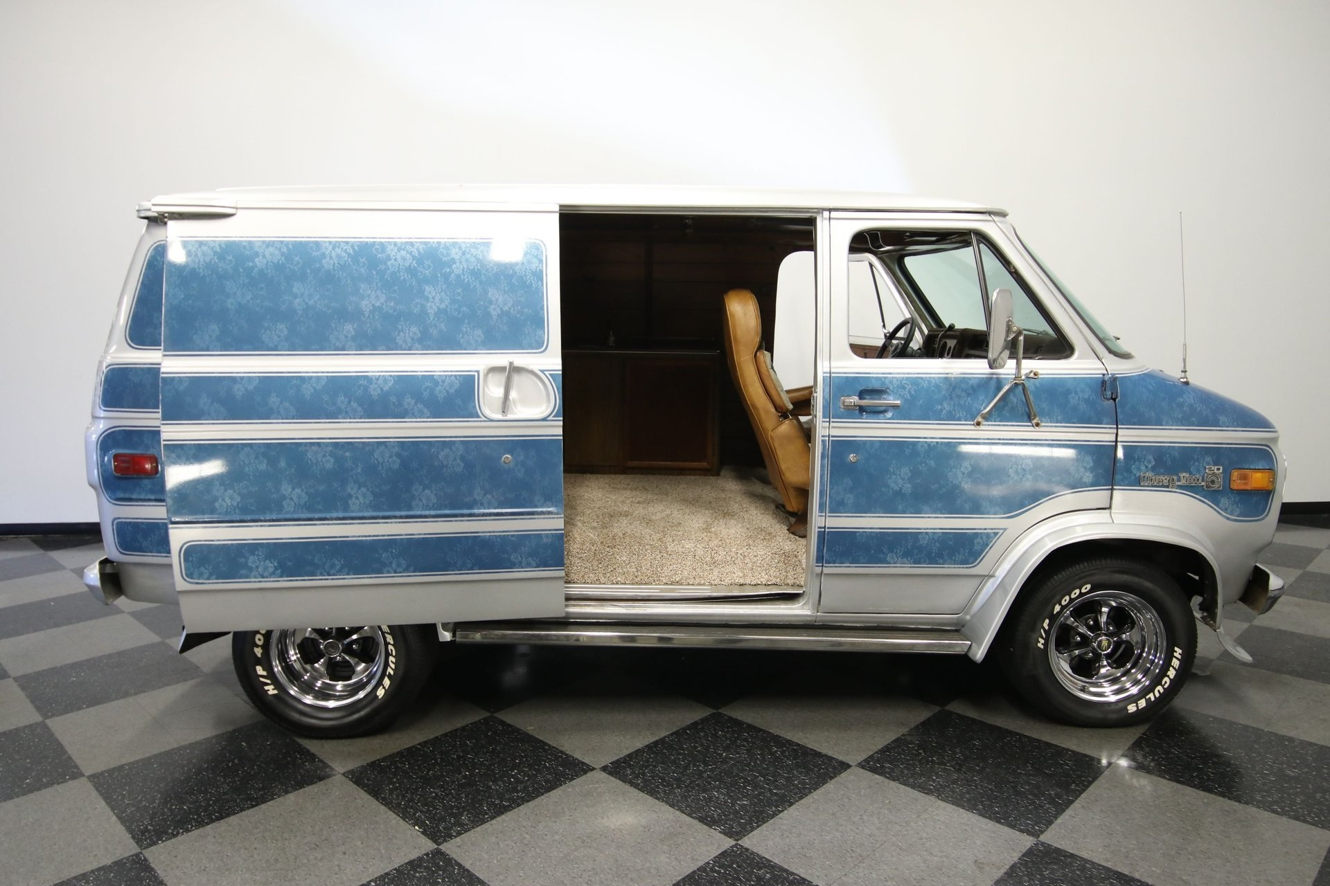 1977-chevrolet-g20-shorty-van-rddj25