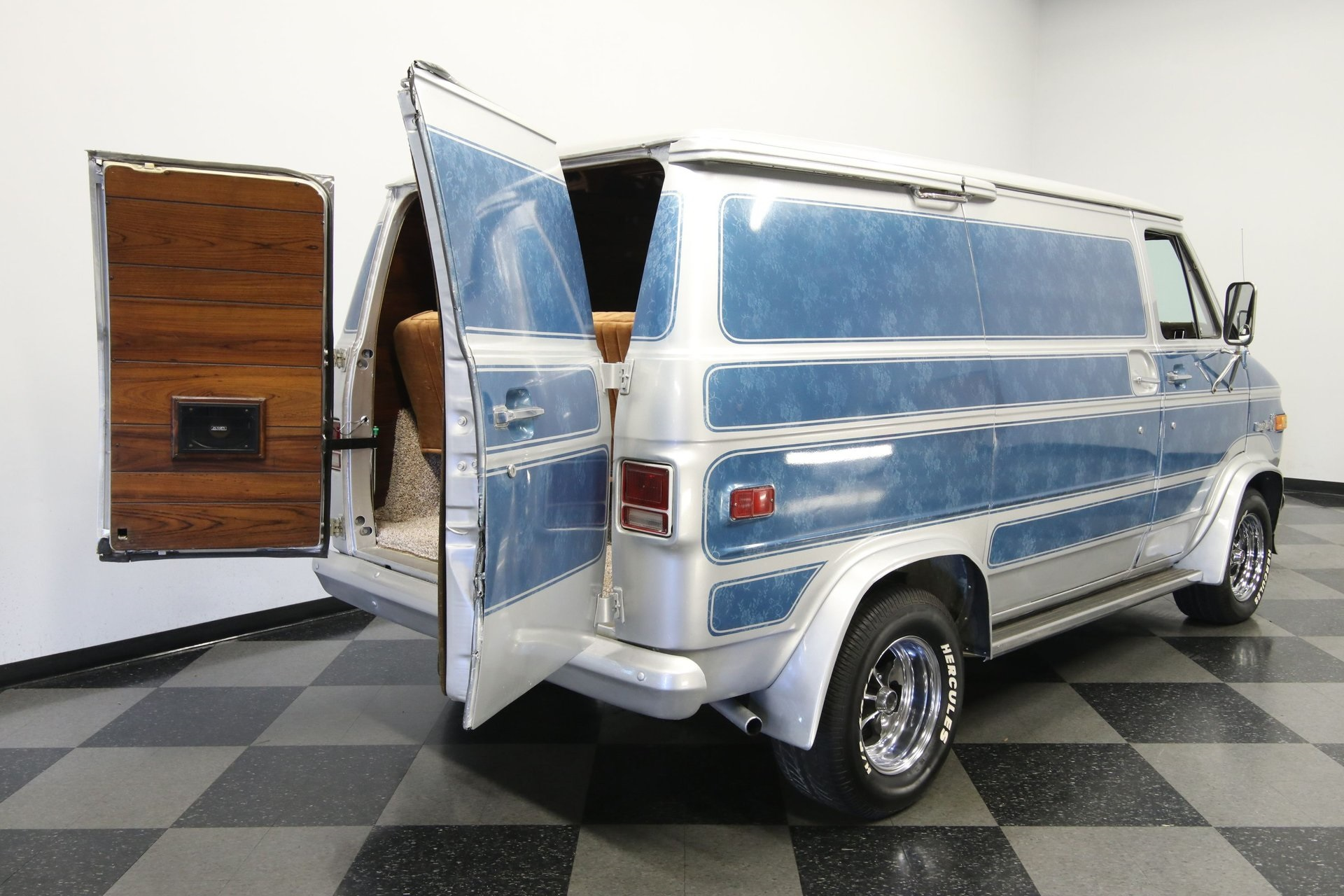 1977-chevrolet-g20-shorty-van-rddj8