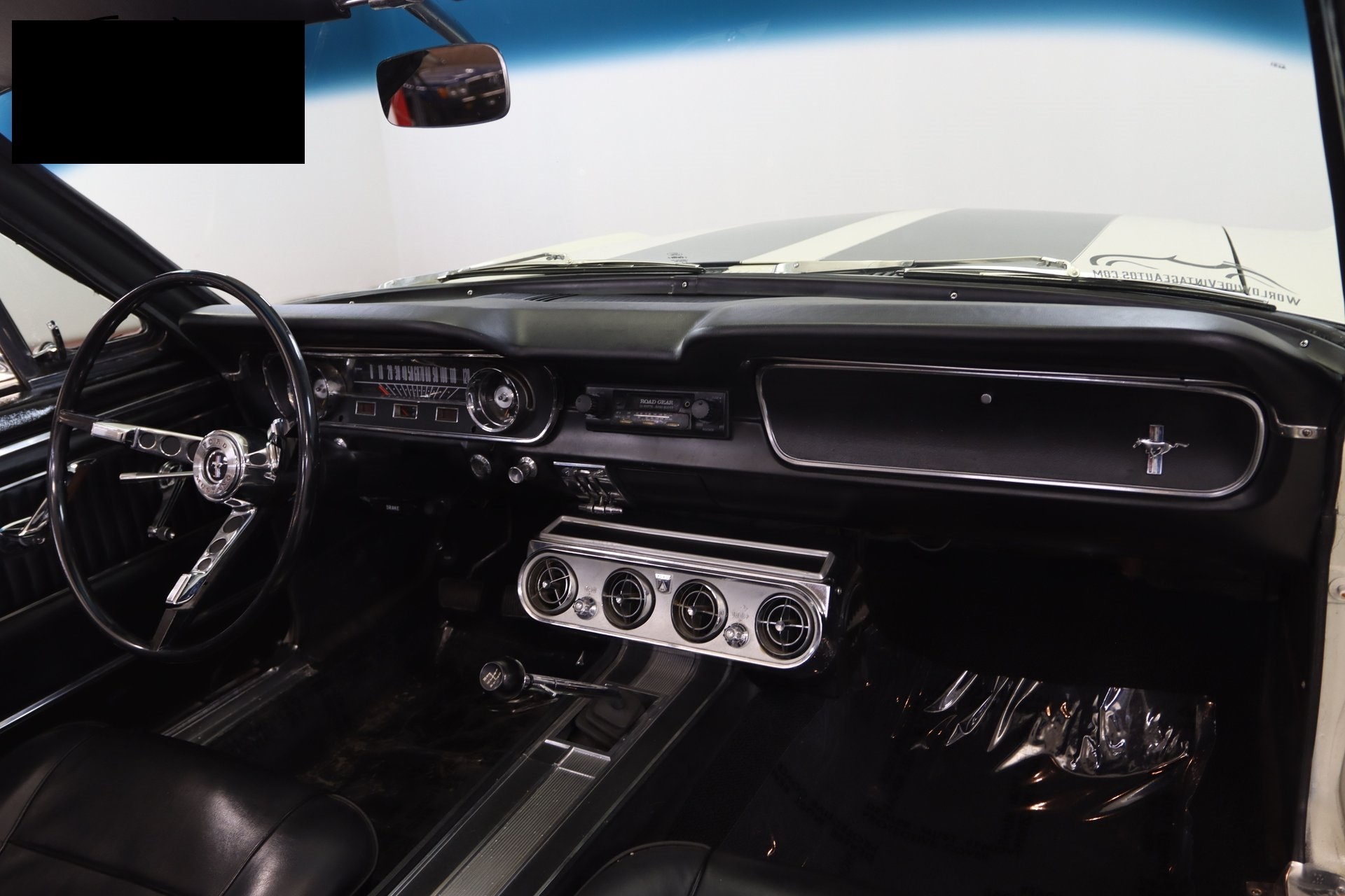 1965-ford-mustang-cabriolet-aeje18