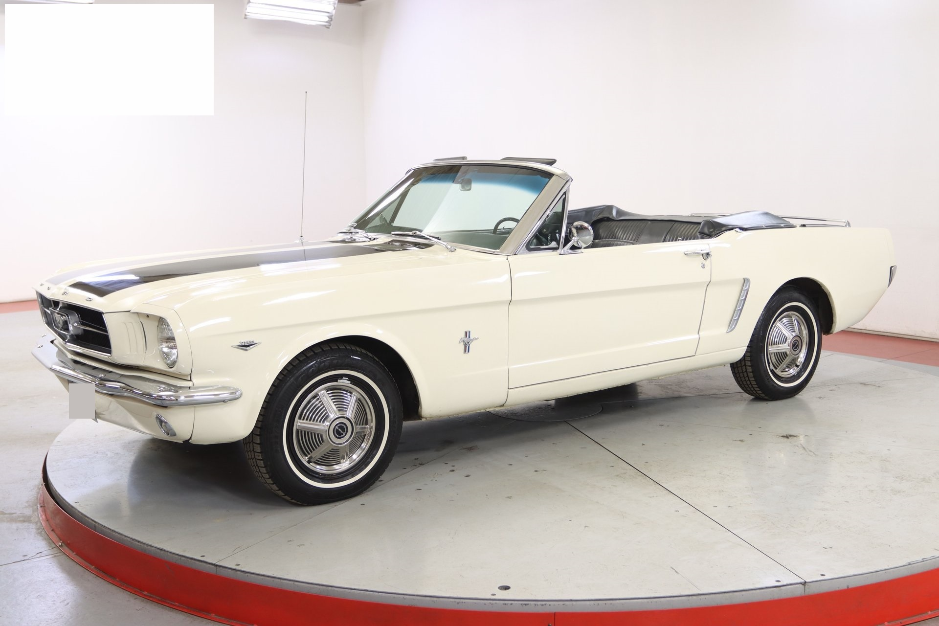 1965-ford-mustang-cabriolet-aeje2