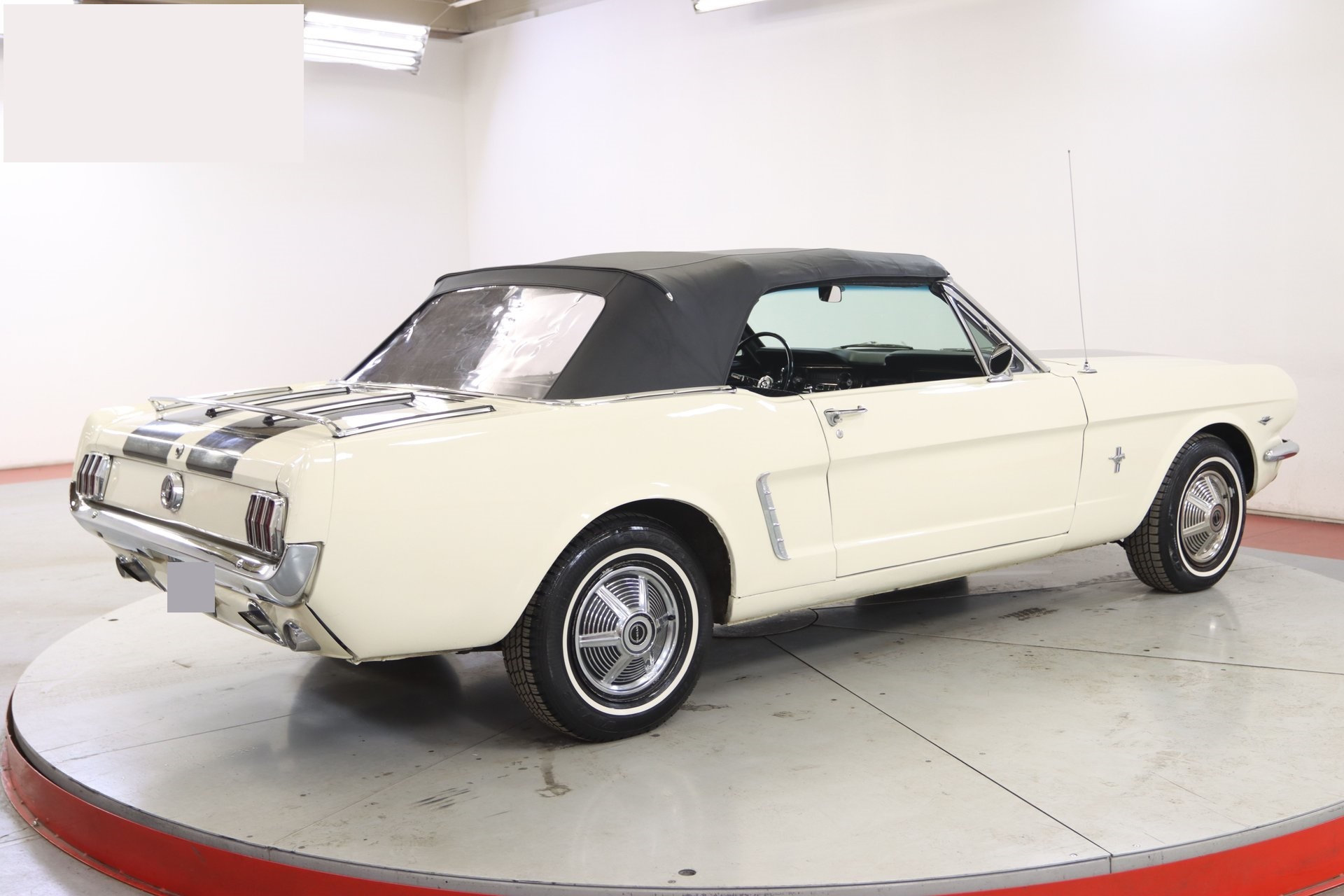 1965-ford-mustang-cabriolet-aeje26