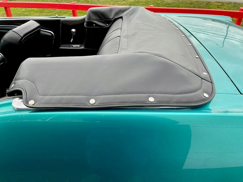 1966-ford-mustang-cabriolet-akd21