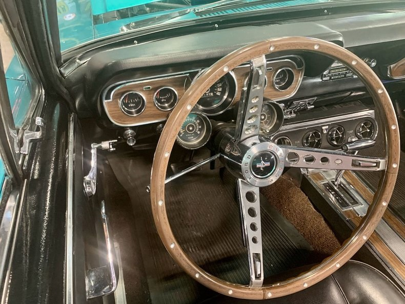 1966-ford-mustang-cabriolet-akd4