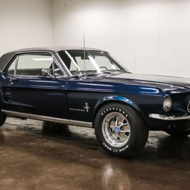 1967 Ford Mustang coupe Big Block 390 ci V8 Code S Boite Manuelle