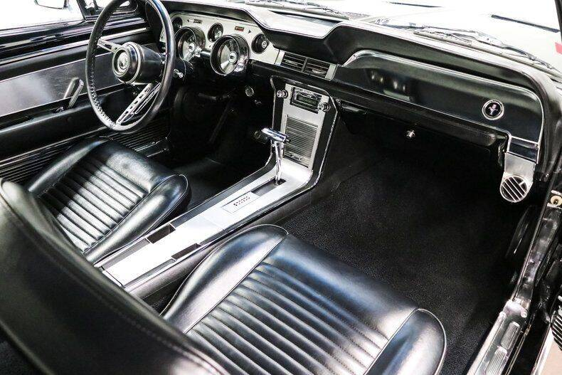 1967-ford-mustang-coupe-afkr16
