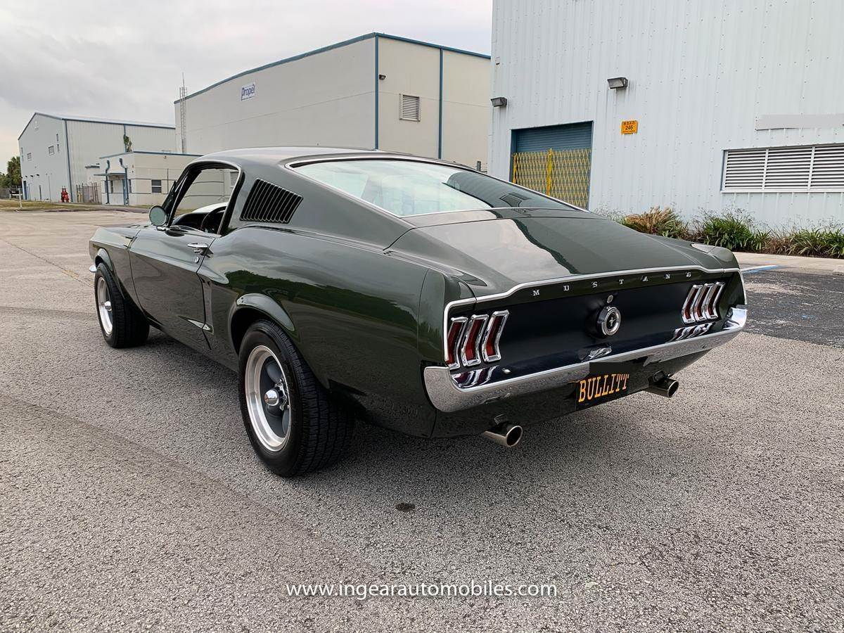 1968-Ford-Mustang-Fastback-andhj3