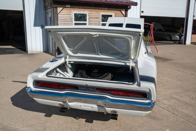 1970 charger RT Blanche - 13