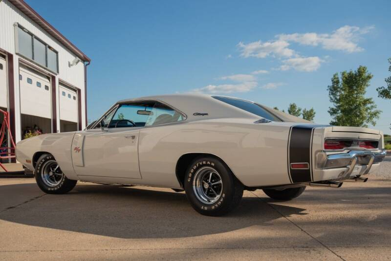1970 charger RT Blanche - 4