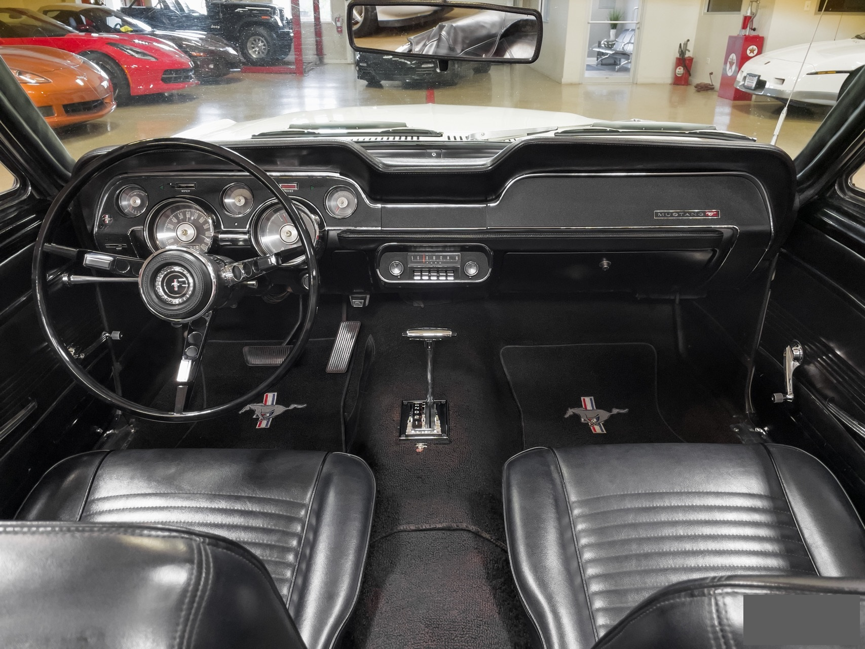 Ford-Mustang-cabriolet-1967-a12