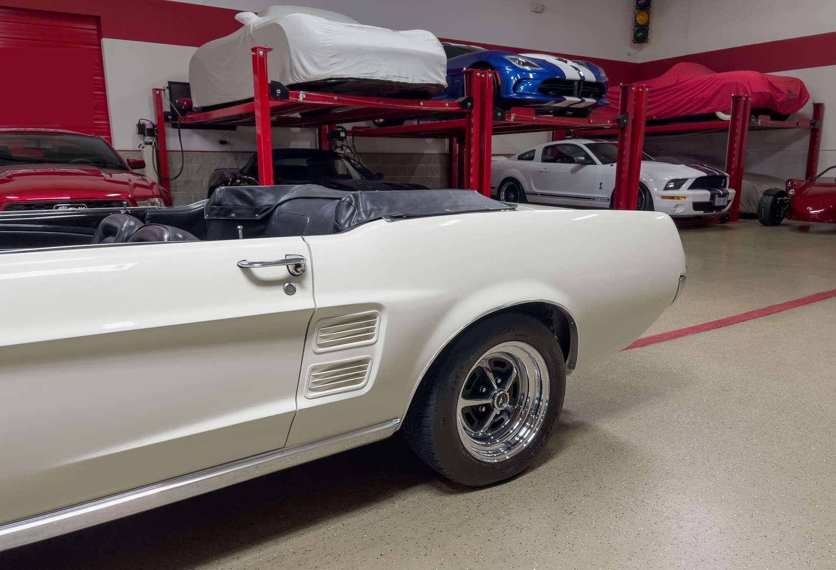 Ford-Mustang-cabriolet-1967-a22