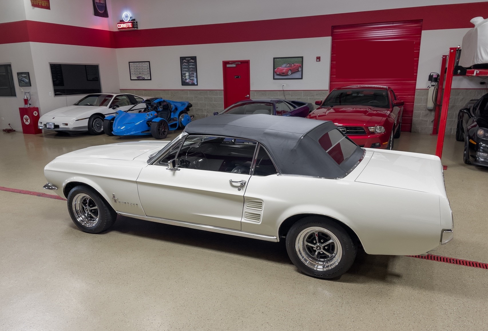 Ford-Mustang-cabriolet-1967-a23