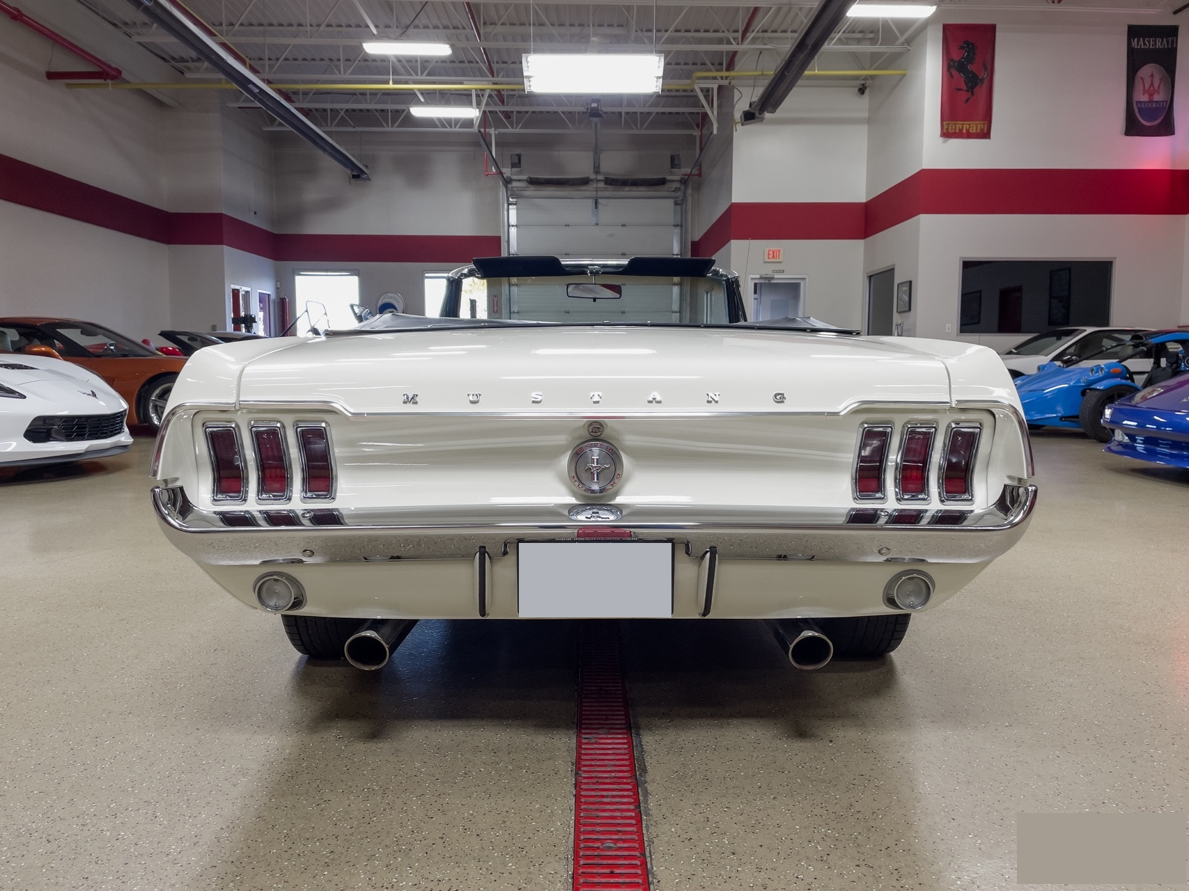 Ford-Mustang-cabriolet-1967-a4