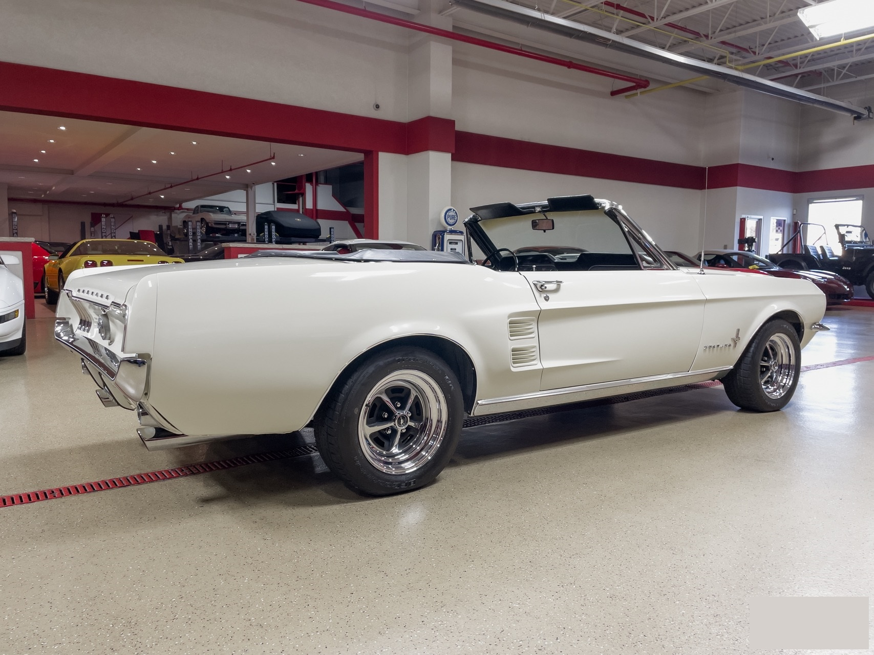 Ford-Mustang-cabriolet-1967-a5
