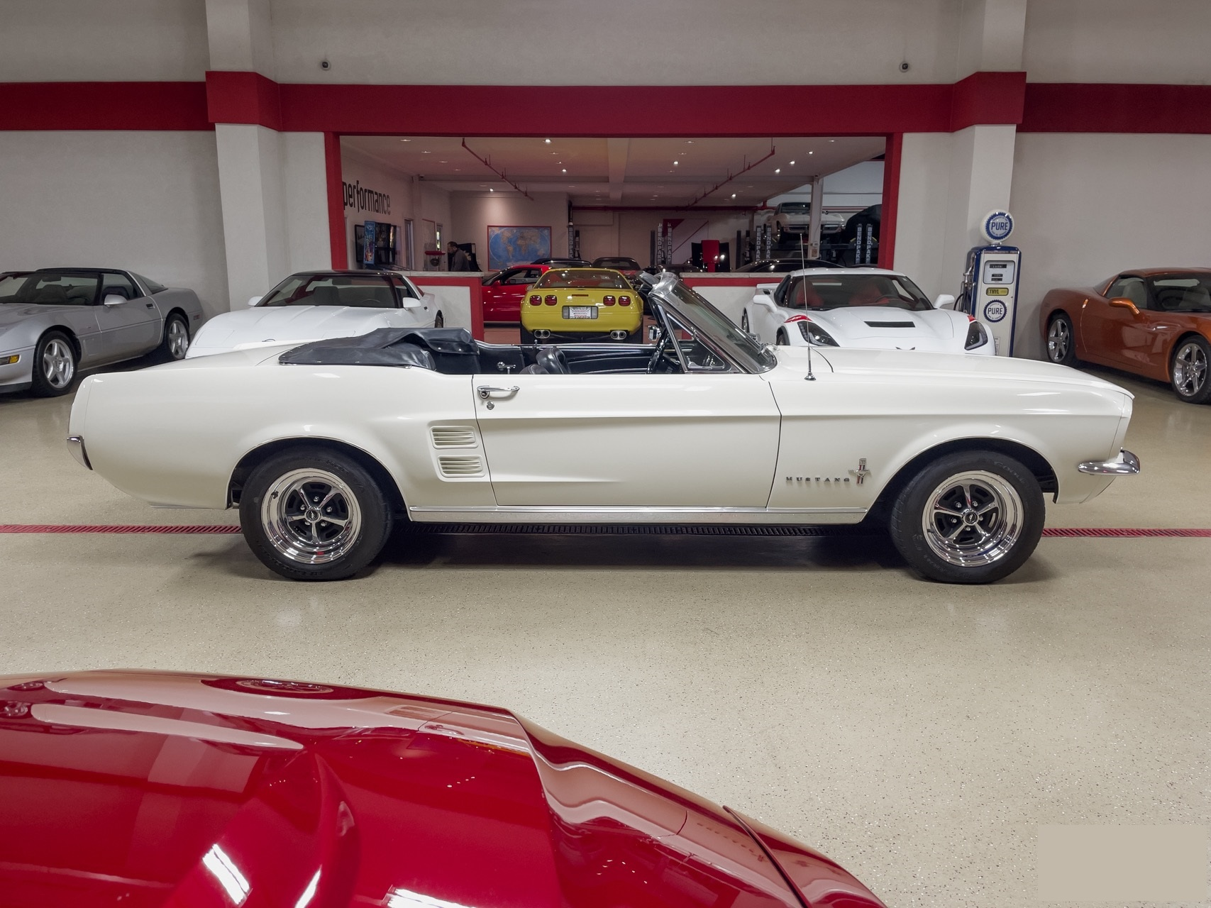 Ford-Mustang-cabriolet-1967-a6